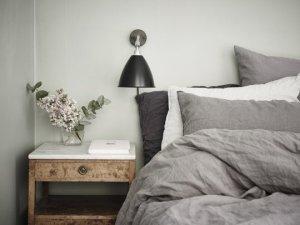 gray-white-linen-bedding