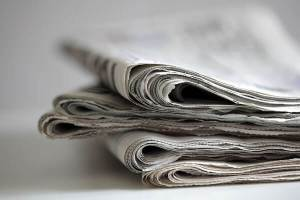 folded-newspaper-FEN