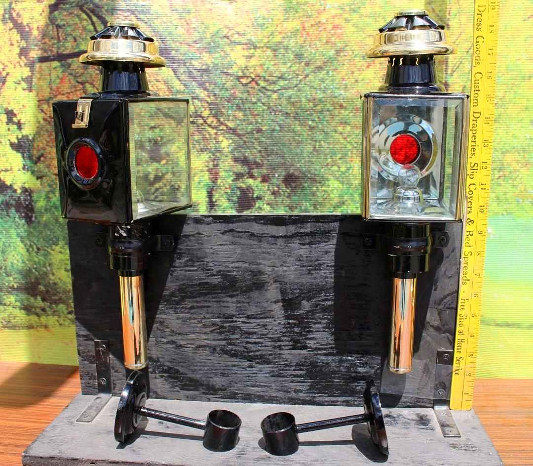 Pair Of New Horse Drawn 12 Volt Carriage Lamps Brass Trim Full Size Square