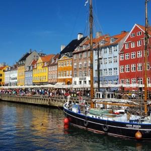 Benvenuti all'antico e vivace porto Nyhavn