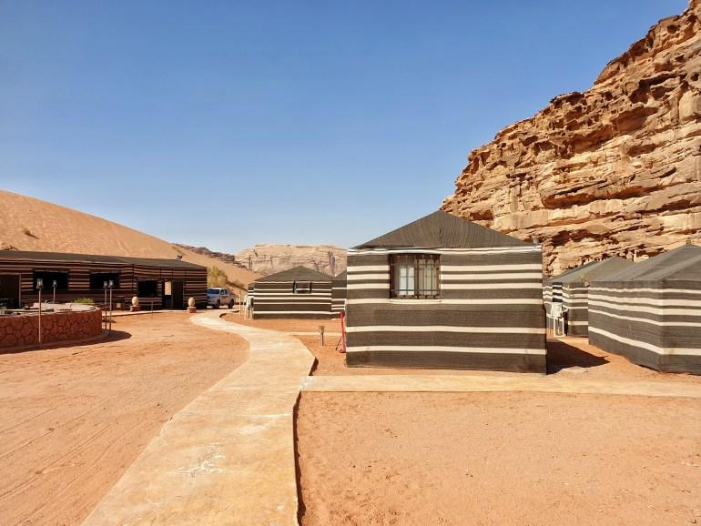 campo tendato deserto