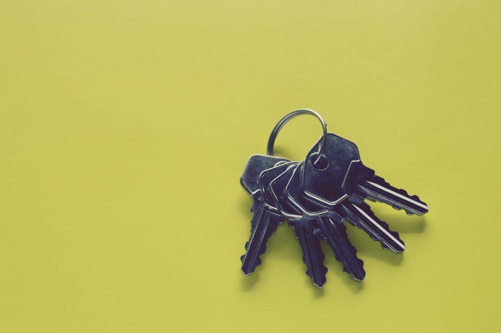 Yellow Keyholding