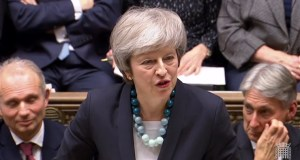 Brexit: Theresa May 'determined' to leave EU in March