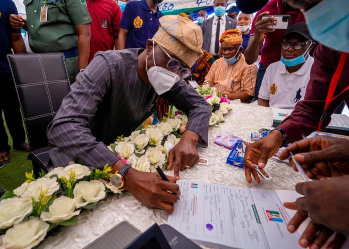 Sanwo-Olu revalidates APC membership