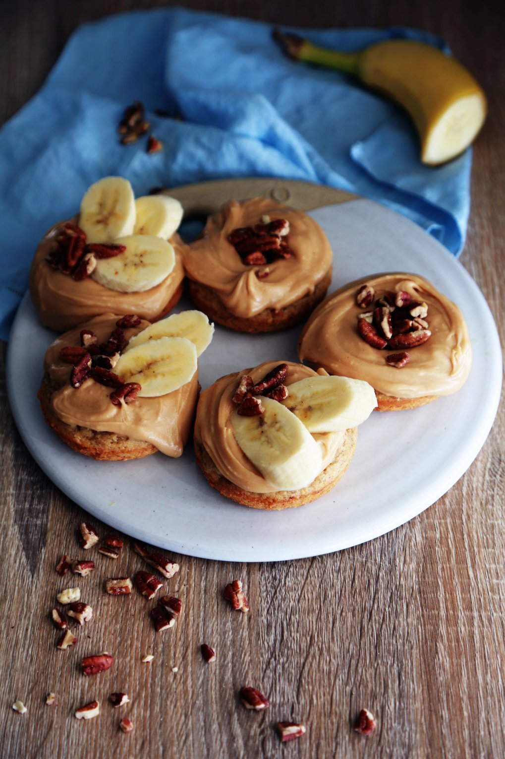 GLuten-Free & Vegan Banana bRead Doughnuts with Peanut BUtter frosting