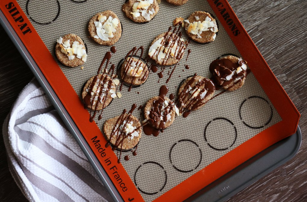date & Almond Bites