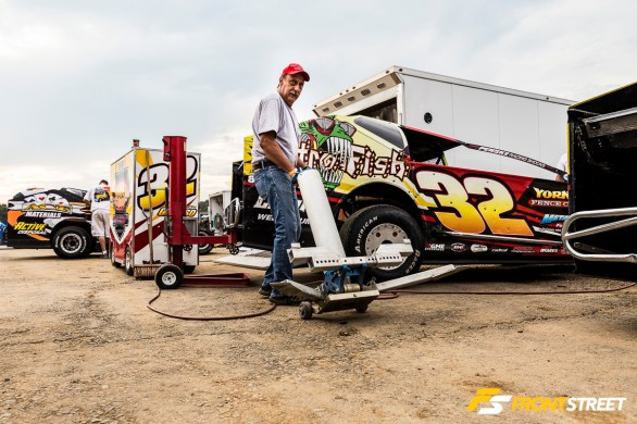 Getting Dirty With The Racers Of New Egypt Speedway