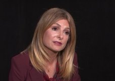 Celebrity attorney Lisa Bloom has built a career defending victims of sexual harassment and assault but now finds herself defending Harvey Weinstein, a movie mogul who faces harassment allegations. (Oct. 6)