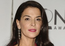Annabella Sciorra Alleges She Was Raped By Harvey Weinstein