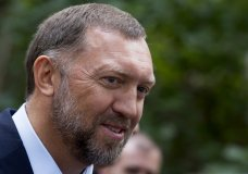 FILE - In this July 2, 2015, file photo, Russian metals magnate Oleg Deripaska attends Independence Day celebrations at Spaso House, the residence of the American Ambassador, in Moscow, Russia. A federal judge has dismissed a defamation lawsuit brought against The Associated Press by Russian billionaire Deripaska, who has ties to Russian President Vladimir Putin. (AP Photo/Alexander Zemlianichenko, File)