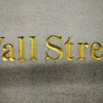 U.S. Stock Indexes Mostly Lower In Afternoon Trade; Oil Slides