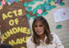 First lady Melania Trump visits the Upbring New Hope Children Center, run by the Lutheran Social Services of the South, in McAllen, Texas, Thursday, June 21, 2018. (AP Photo/Andrew Harnik)