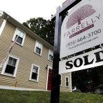 U.S. Home Sales Fell 0.7 Percent, 4th Straight Monthly Decline