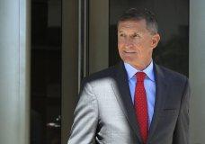 Former Trump national security adviser Michael Flynn leaves federal courthouse in Washington, following a status hearing. (AP Photo/Manuel Balce Ceneta)