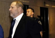 Harvey Weinstein enters State Supreme Court in New York, Friday, April 26, 2019. Both sides in Harvey Weinstein's sexual assault case want the media and the public barred from the disgraced movie mogul's court appearance.(AP Photo/Richard Drew)