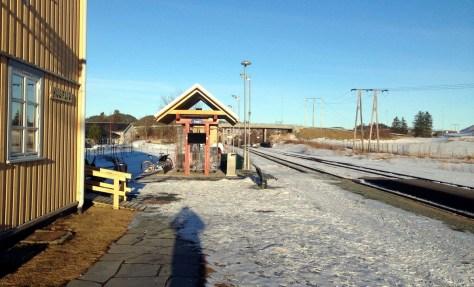 Åsen togstasjon