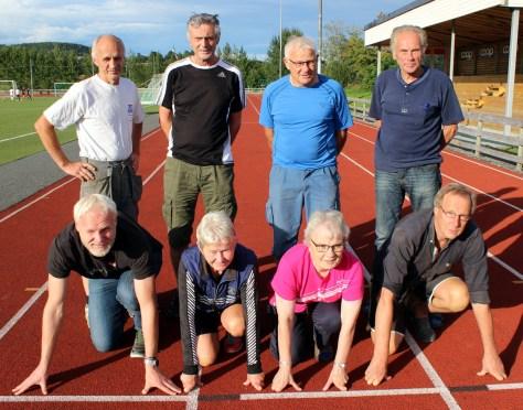 Deler av arrangementkomiteen for Frostalekene 2016: Bak fra venstre: Andreas Nåvik, Stein Aursand, Ola Asklund og Ole Lutdal. Foran fra venstre: Magne Vårvik, Ingvild Lein, Greta Skjevik og Arne Haug.