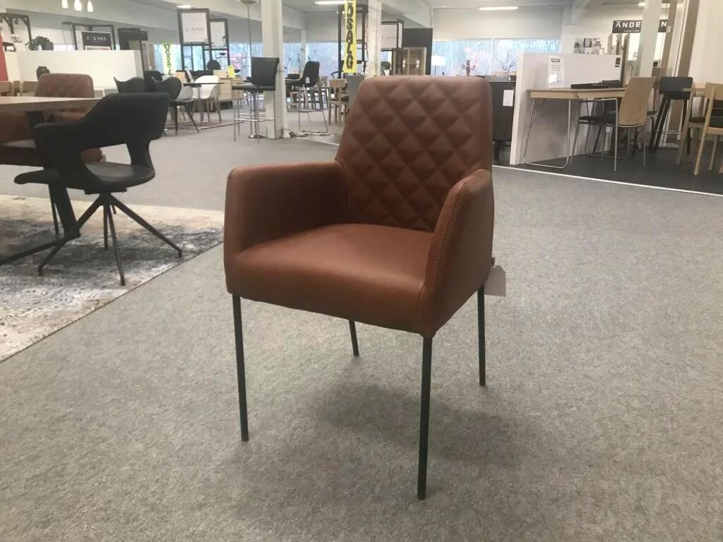 IMG Space stol + skammel sort kvalitetslæder, drejesokkel