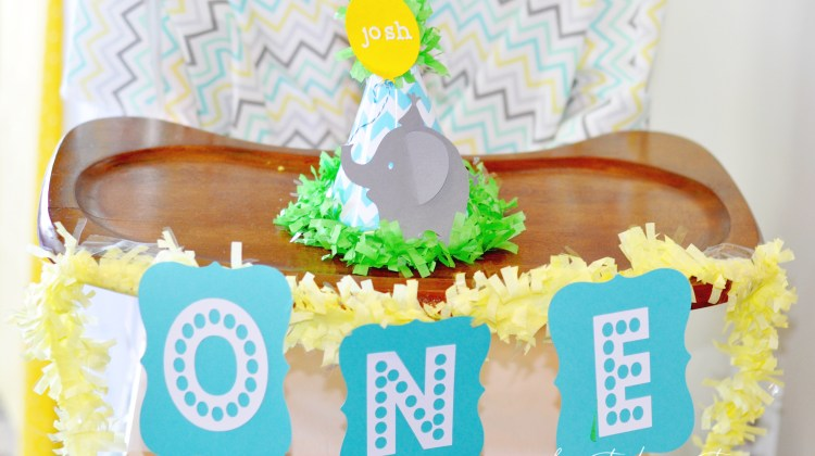 elephant-party-hat-bright-fun-first-birthday-party-josh-frostedeventscom-1