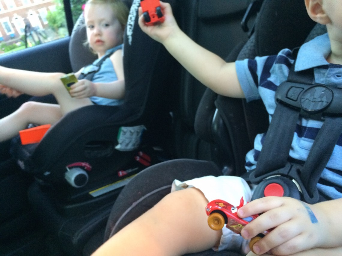 Keep-Kids-Entertained-In-Car-with-Disney-Cars-Daredevil-Garage-App #shop #collectivebias #DisneyPixarCarsToGo