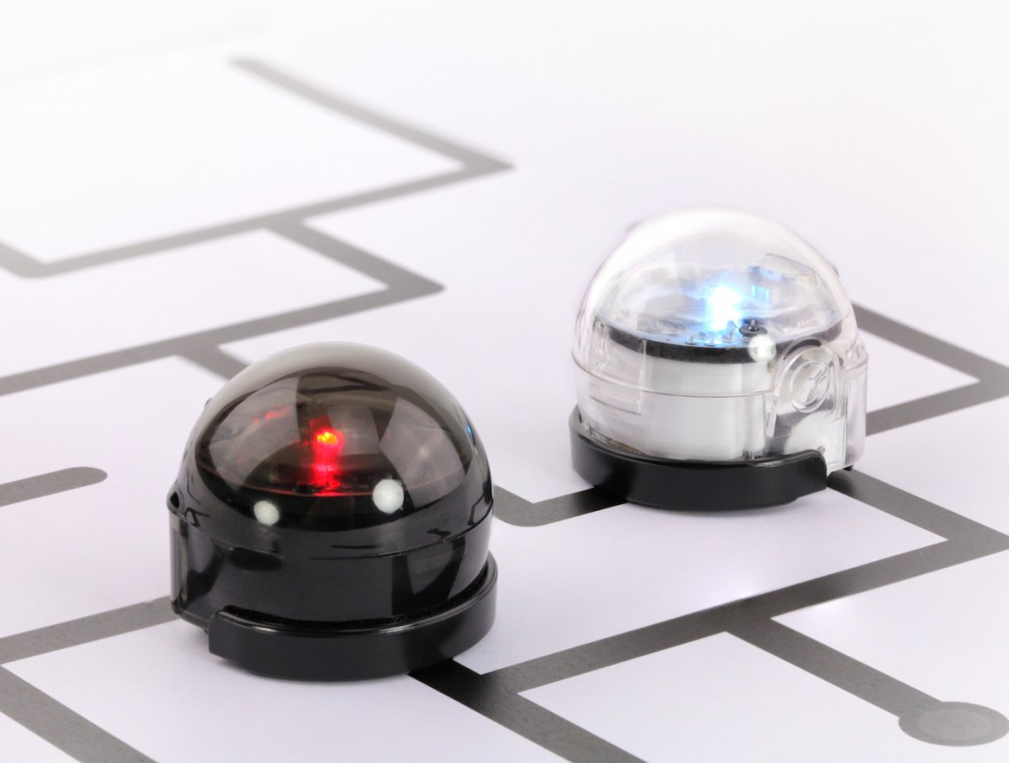 Ozobot Bit is a powerful tiny robot that gamifies STEM and computer science learning through a collection of game based activities and digital apps. Its easy-to-understand color code language makes Ozobot the perfect choice for introducing young minds to concepts that are vital to their success in the 21st century.