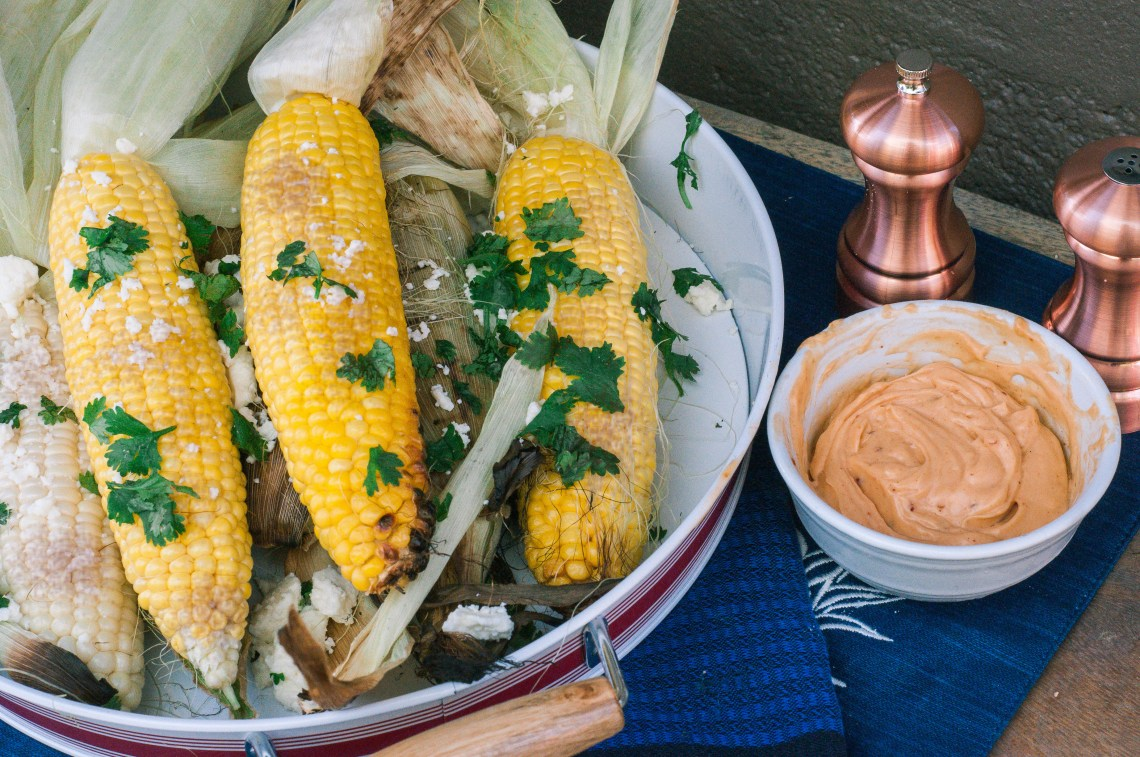 Summer Grilling Recipes - Grilled Corn with Chipotle Butter recipe by Pints & Plates featured on frostedevents - Grilled Corn on the Cob