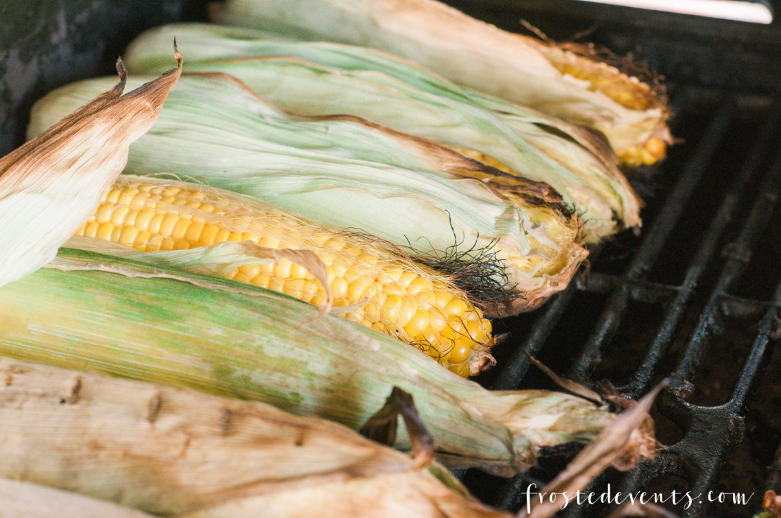 Summer Grilling Recipes - Grilled Corn with Chipotle Butter recipe by Pints & Plates featured on frostedevents - How to Grill Corn on the Cob