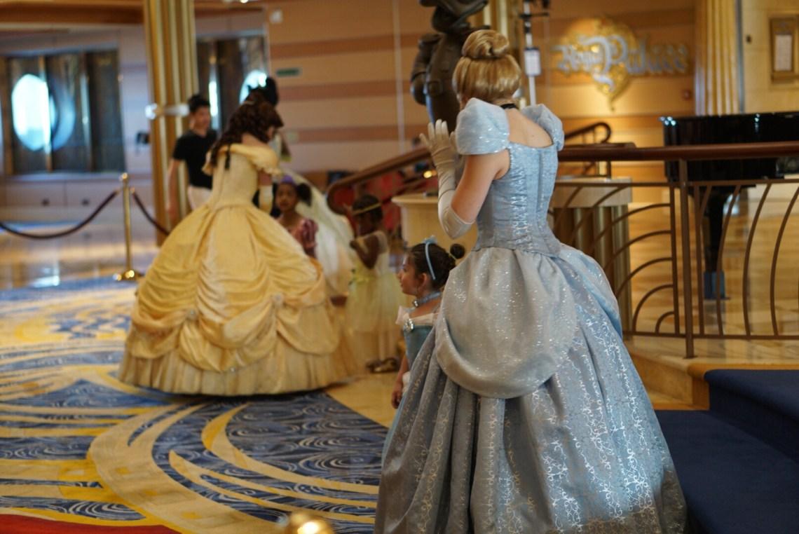 Disney Dream Cruise - Disney Cruise - Disney family vacation blog - via Misty Nelson, @frostedevents @funfamilytravelblog #disneycruise #disneymoms #disneysmmc
