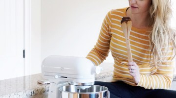 Kitchen Essentials - Kitchen Aid Mixer - You Can Shop For no eBay - ebay home goods via Misty Nelson, lifestyle blogger ad parenting influencer mom at frostedblog @frostedevents