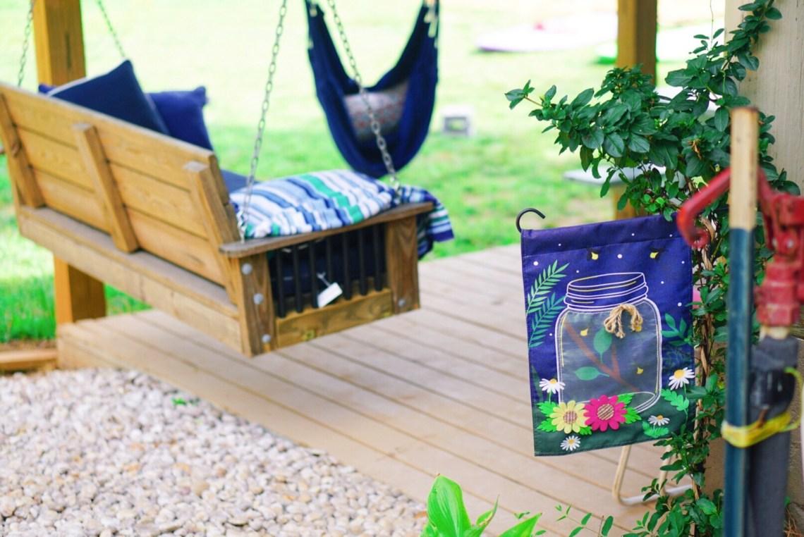 Outdoor Living - Getting your backyard ready for summer fun via Misty Nelson, frostedblog.com @frostedevents #outdoorspaces #outdoorliving #summerideas #backyard