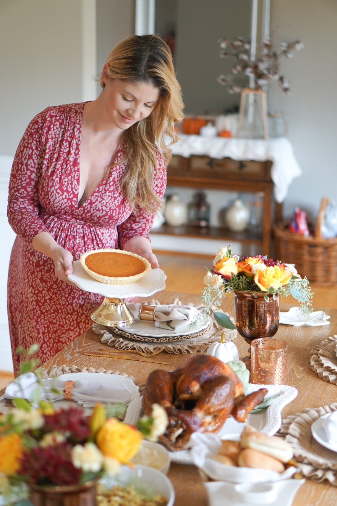 Thanksgiving Dinner Ideas - Boston Market Menu Complete Meal Delivery Holiday Feast via frostedevents.com @frostedevents