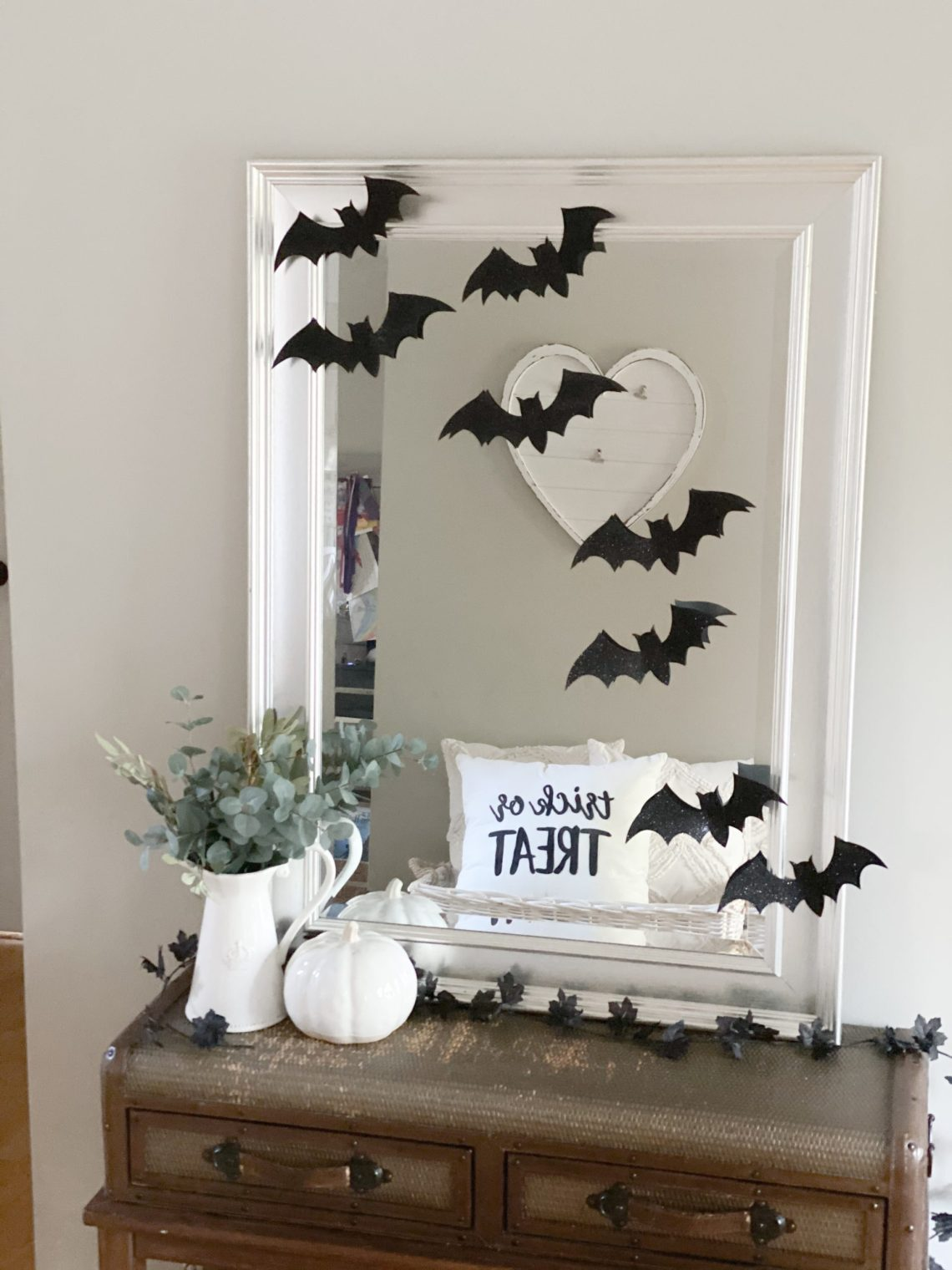 Party City Halloween Decorations - Halloween Decor Ideas via frostedevents - Halloween mantel