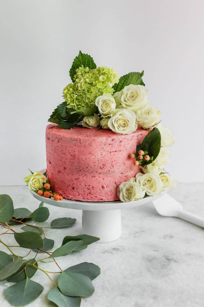How To Decorate A Cake With Flowers Frosting Fettuccine