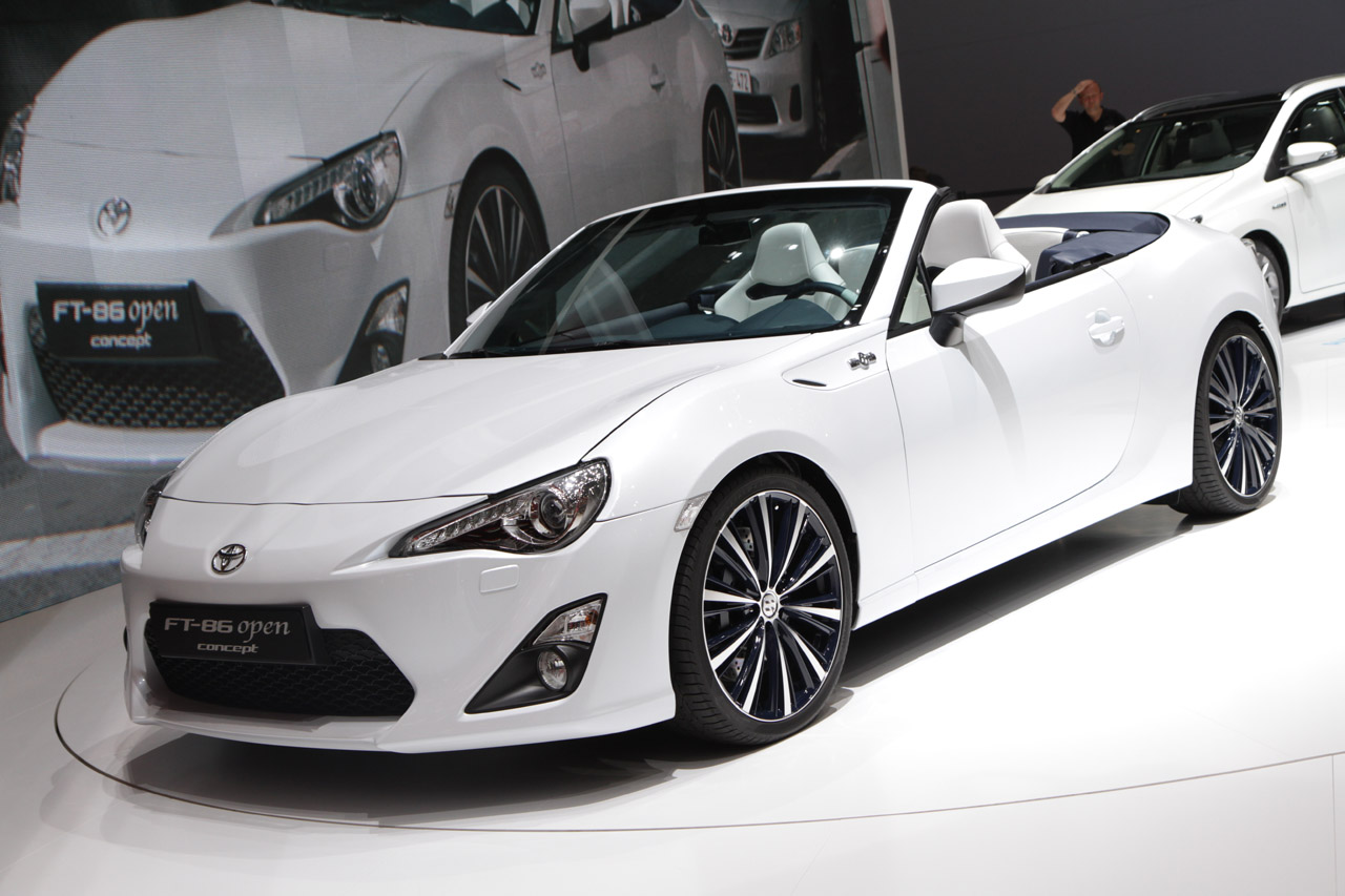 scion-frs-subaru-brz-convertible
