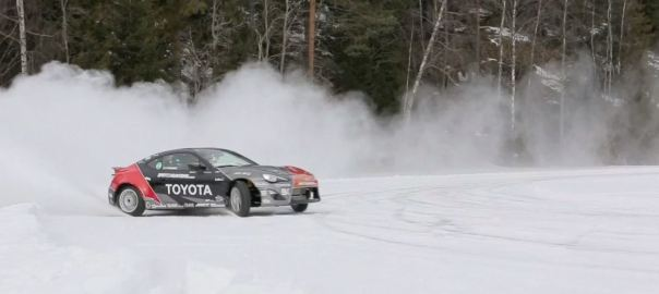 scion-frs-snow-driving