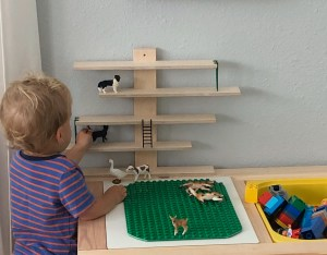 IKEA Hack lego table and Schleich animals shelf