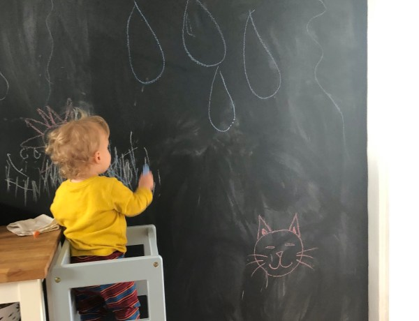 Kitchen chalkboard wall with kitchen toddler helper tower