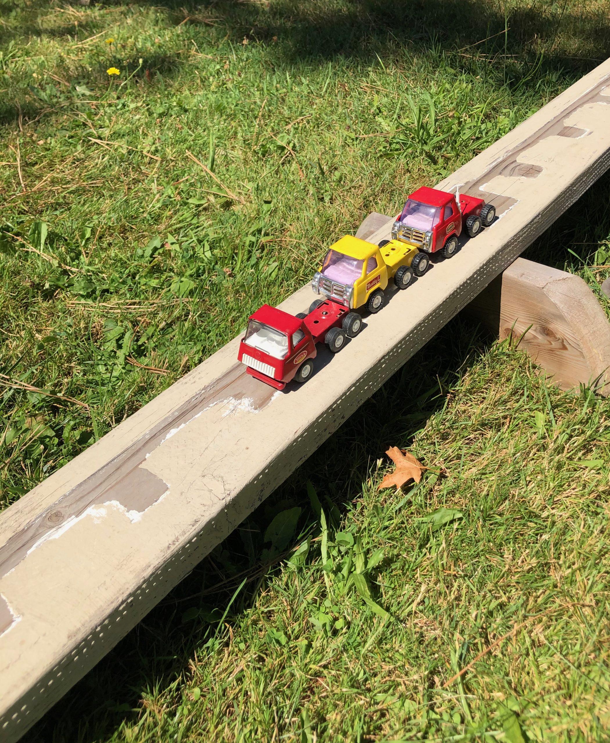 Toy truck ramp