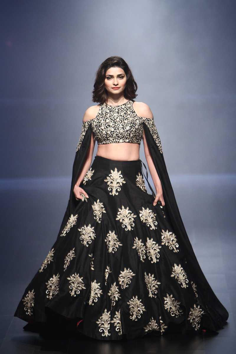 Celebrity Fashion Lakme Fashion Week 2016