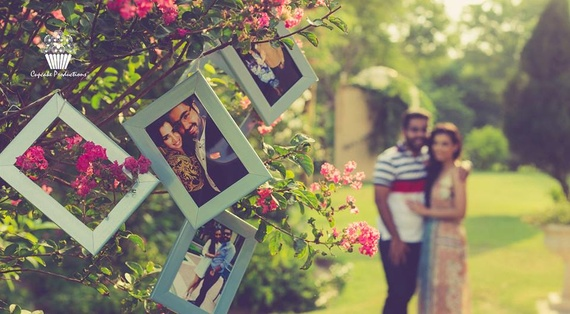 21 ways of using frames pre  during and post wedding decor  budgetprops
