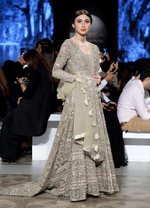 Pakistan Sister Of The Bride Outfit Ideas