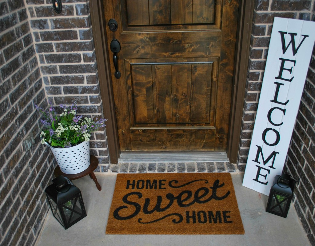 Spring Front Porch Decor Refresh, Faux Flowers, DIY Sign