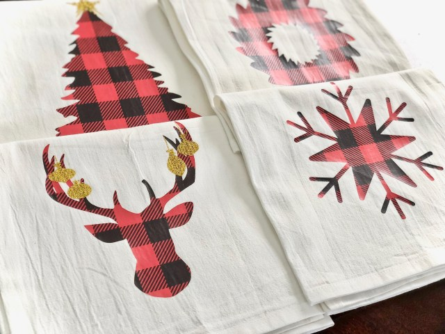 Holiday kitchen towels - Tips For Using Patterned Heat Transfer Vinyl With Your Cricut Or Silhouette & Christmas Shape SVGs