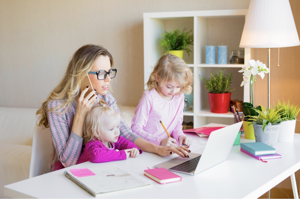 Homeschool resources and tips for teaching while working from home with printable customizable schedules, assignment, and goal sheets