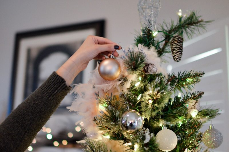 6 Safety Tips to Prevent Fire During Christmas | Holiday Safety | Safe Christmas | Christmas Tree | Fire Prevention Tips | Christmas with a Toddler | Christmas Tips | #Chirstmastips #FirePrevention #FireTips #PreventingFires #SafeHolidays #HolidaySeason #ParentingTips #LifewithaToddler #ChritmaswithToddler
