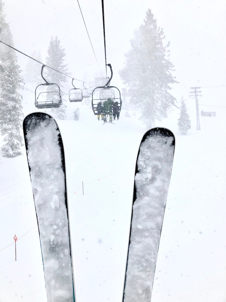 Family Snow Fun in South Lake Tahoe | 2-bedroom condo suite at The Ridge Tahoe Resort | Skiing with kids in Lake Tahoe | Family trip to Lake Tahoe | Lake Tahoe with kids | #laketahoe #tahoesouth #familytravel #skitrip #USski #skiingwithkids #laketahoewithkids