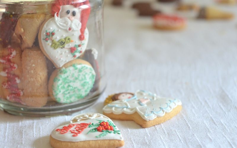 5 Quick and Easy Christmas Cookie Recipes   Frugal Fun Mom