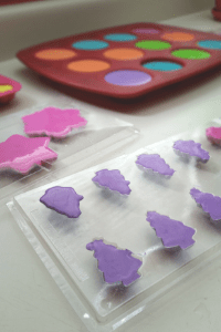 Make Homemade Chalk with your kids using easy, frugal ingredients.