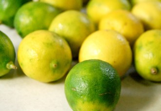 Choose citrus by WEIGHT not color - color means nothing.