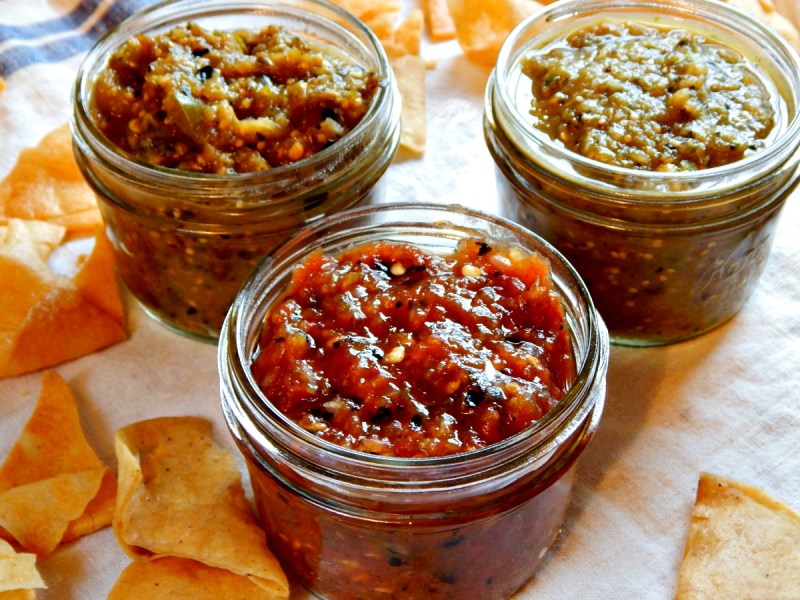 Better than Chipotle's Fire-Roasted Tomatillo Salsa, fire roasted salsa